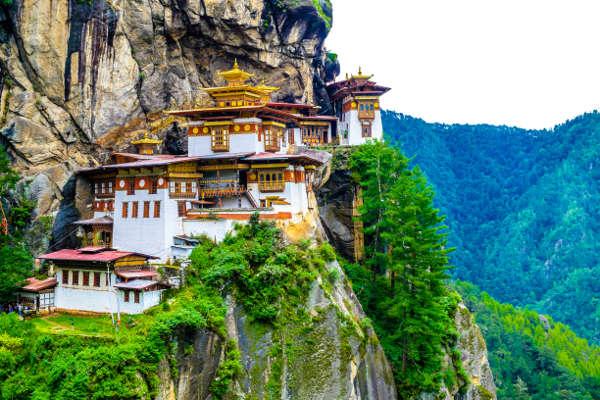 trekking-in-bhutan