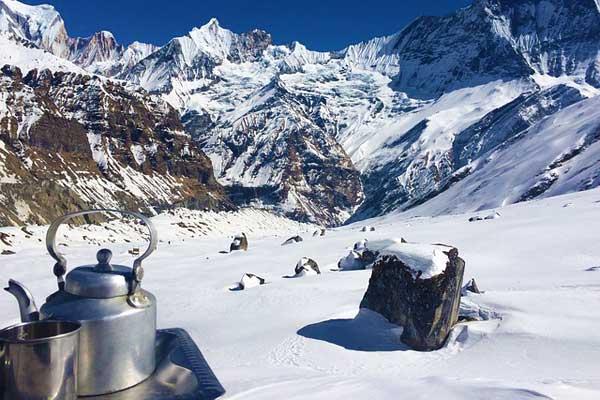 Nepal-Tea-pot-mountains