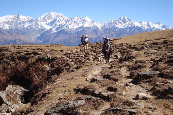 trekking-in-nepal-1