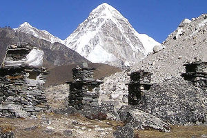 trekking-in-nepal-everest