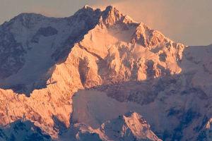 trekking-in-nepal-kachanjunga