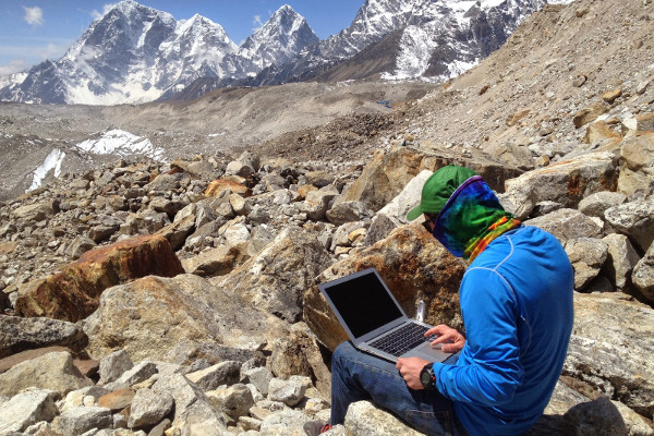 Internet-access-on-an-Everest-Base-Camp-Trek-gorak-shep
