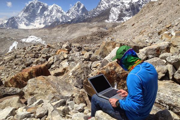Internet-access-on-an-Everest-Base-Camp-Trek-gorak-shep