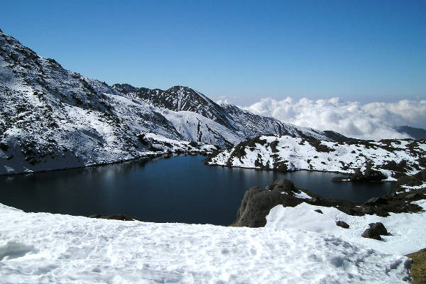 easy-treks-in-nepal-helumba-trek-gosaikunda-lake