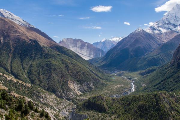 easy-treks-in-nepal-langtang