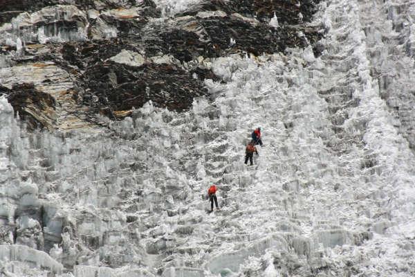 island-peak-climb-2