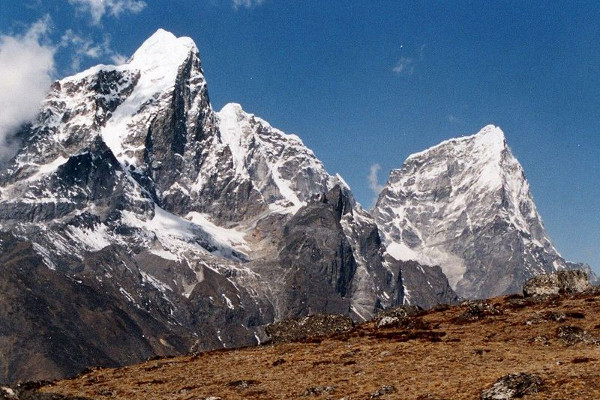 peak-climbing-in-nepal-cholatze
