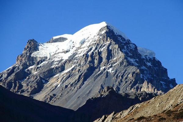 peak-climbing-in-nepal-chulu-west-peak-climbing