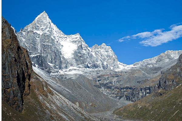 peak-climbing-in-nepal-kyazo