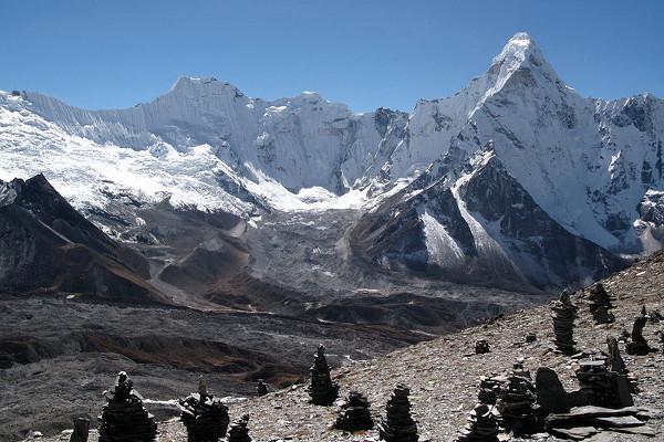 peak-climbing-in-nepal-omiag
