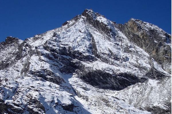 peak-climbing-in-nepal-poklade