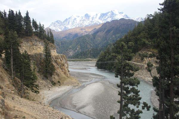 short-treks-in-nepal-view-from-poon-hill-kali-gandaki-river