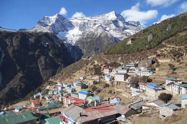 short-treks-in-nepal-view-from-poon-hill-namche-bazaar