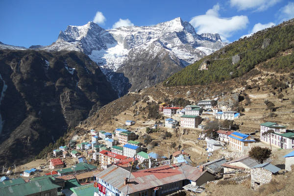 short-treks-in-nepal-view-from-poon-hill-namche-bazaar