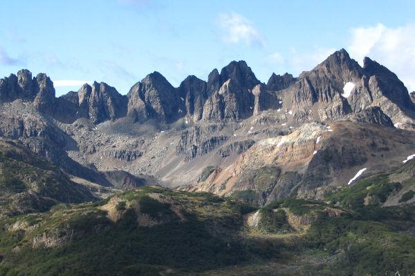 best-hikes-in-patagonia-dientes