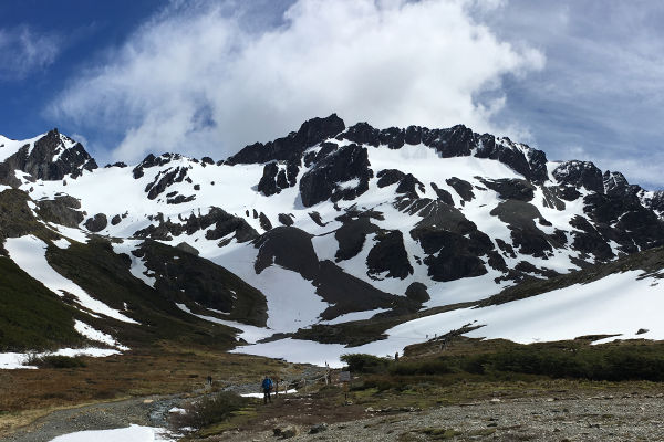 best-hikes-in-patagonia-montes-martial
