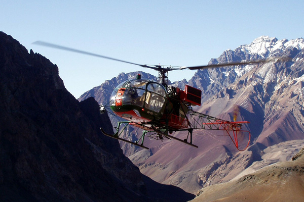 aconcagua---helicopter-Mountain-IQ-600x400