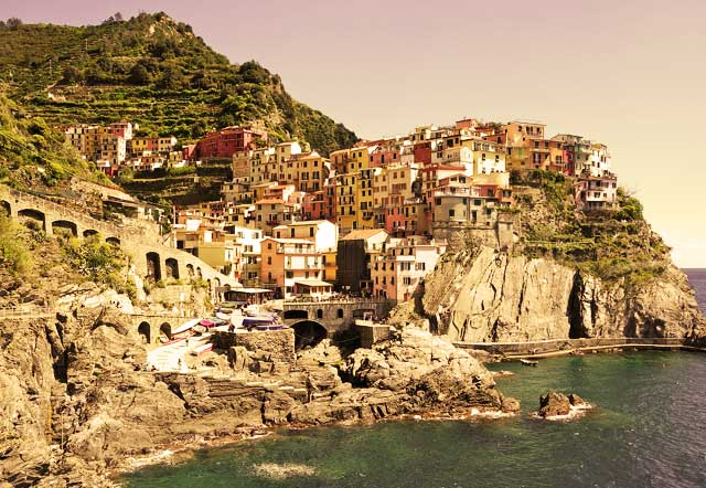 Cinque-Terre-Mountain-Trail-MountainIQ-Best-hikes-in-Europe