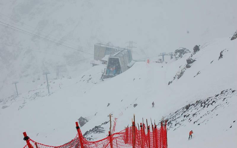 Mount-Elbrus-station