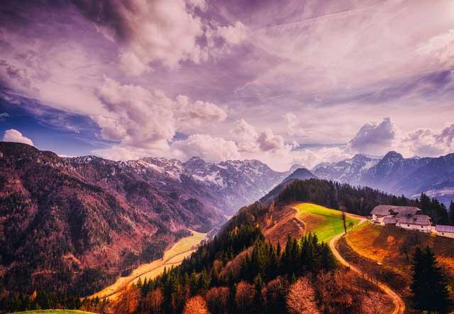 Slovenian-Mountain-Trail-MountainIQ-Best-hikes-in-Europe