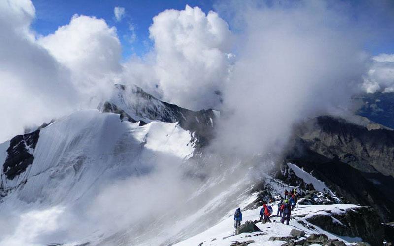 Climb Stok Kangri