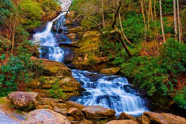 Bartram-Trail-to-Rabun-Bald-Hiking-in-Georgia