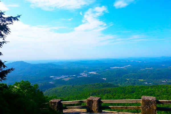 James-E.-Edmond-Trail-at-Black-Rock-Mountain-State-Park