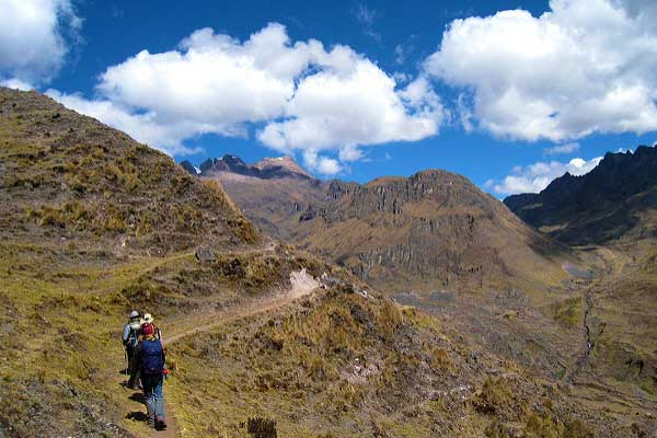Lares-Trek-Best-Adventures-For-Solo-Females