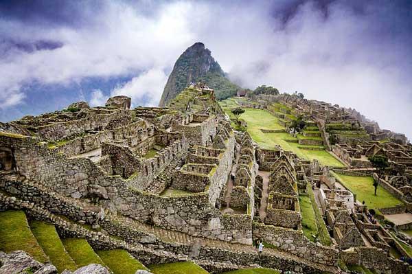 Machu-Picchu-Buildings