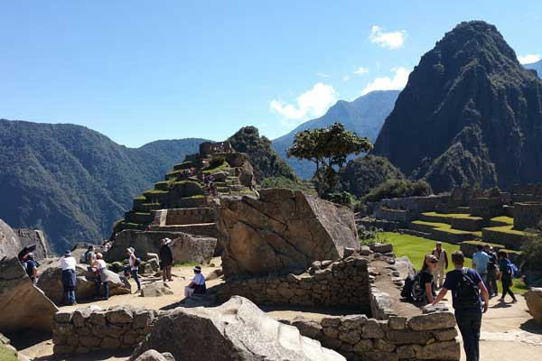 Machu-Picchu-Tourism-Effects