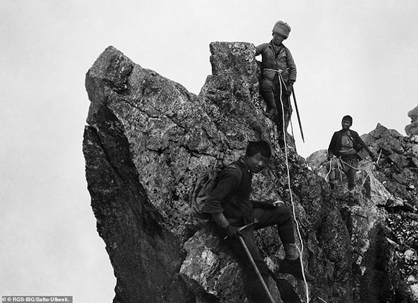 Images of George Mallory's