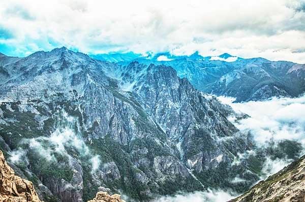 Andes-Mountain-Range