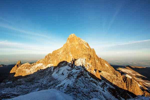 Burguret-Route-Nelion-Lenana-Point-Mount-Kenya
