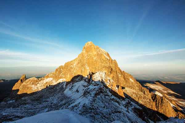 Burguret-Route-Nelion-Lenana-Point-Mount-Kenya