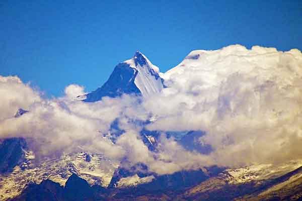 Huandoy-Cordillera-Blanca-Andes