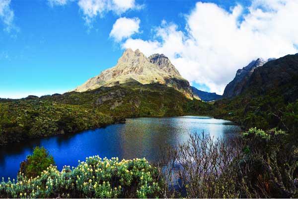 Lake-Kitandara-Centrel-Curciut-Trek-Rwenzori