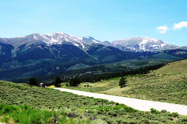 Mount-Elbert-Rocky-Mountains
