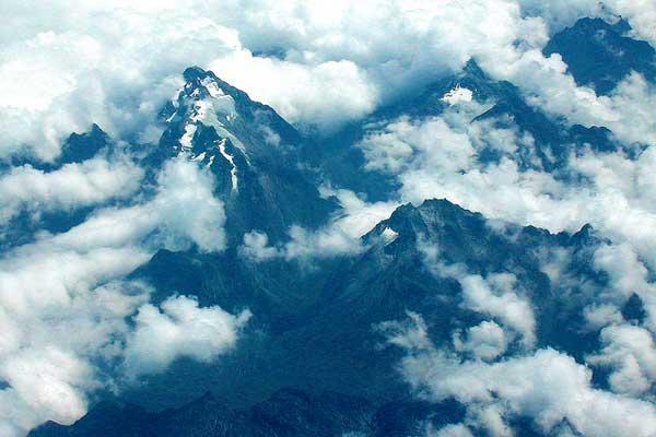 Mount-Emin-Rwenzori