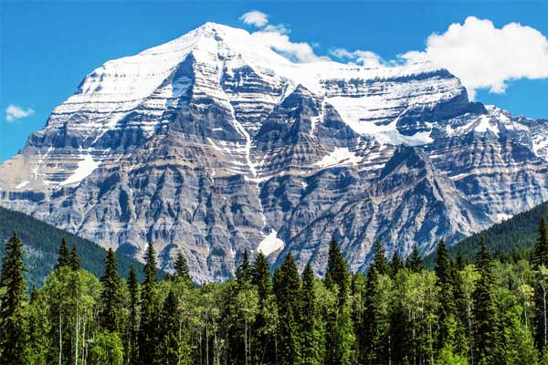 Mount-Robson-Rocky-Mountains