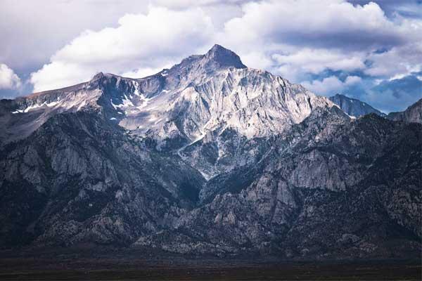 Mount-Williamson-Sierra-Nevada-Mountains