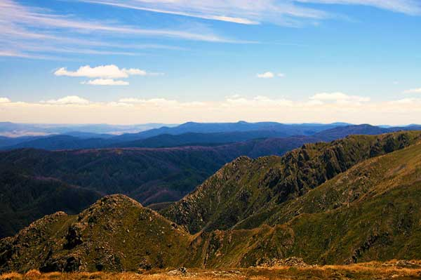 Mt-Carrathers-Main-Range-Track-Snowy-Mountains-Australia
