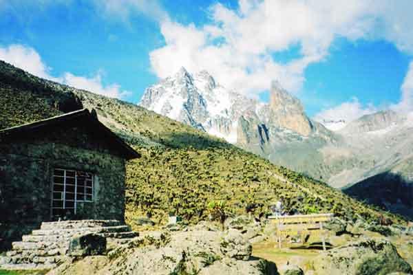 Naro-Moru-Route-Mount-Kenya