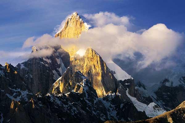 Panmah-Muztagh-Karakorom-MountainIQ