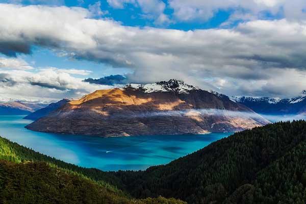 The-Snowy-Mountains-Australia-MountainIQ