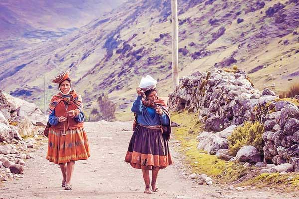 Lares-Trek-Quishuarani-to-Patacancha