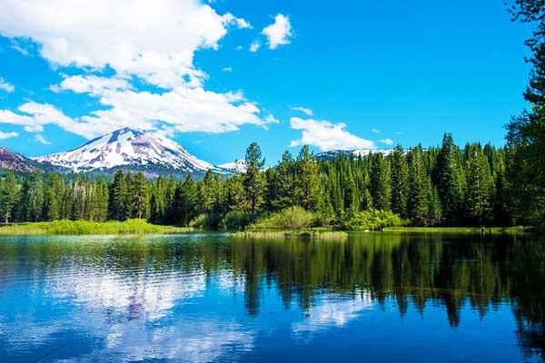Lassen-Peak-High-Cascade-Mountains