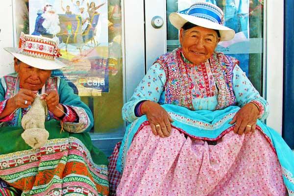 Machu-Picchu-Peru-Inca-National-Costume-Ladies