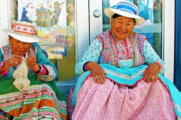 Machu-Picchu-Peru-Inca-National-Costume-Ladies