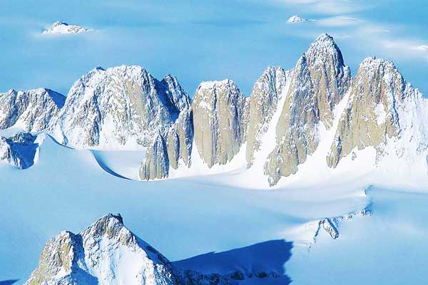 Queen-Maud-Mountains-Antarctica