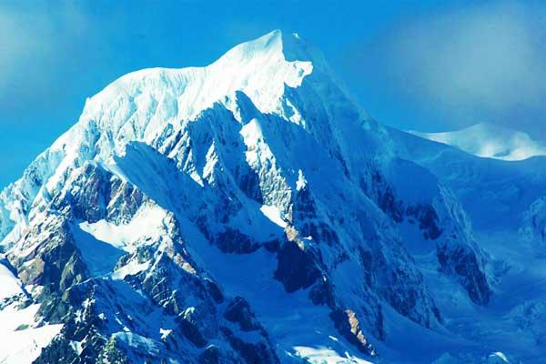 Mount-Silberhorn-New-Zealand